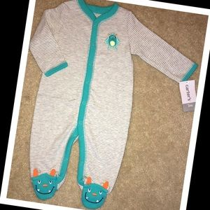 NWT baby sleeper 3m